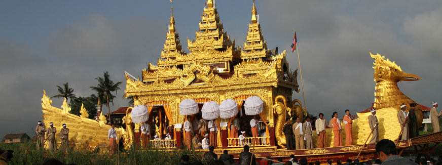 the visit to a pagoda festival Also, they visit pagodas to pray for a good start in the coming year  huong pagoda festival is among the greatest buddhist festival in northern part of vietnam.